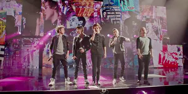 Screen Shot Of Hollywood Movie One Direction: This Is Us (2013) Download And Watch Online Free at Alldownloads4u.Com