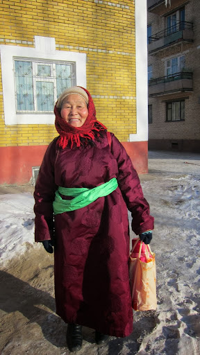 Student at Golden Light Sutra Center, Darkhan, Mongolia, December 2010. Photo by Ven. Sarah Thresher.