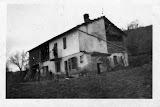 """Cascina Bertolotta, tra Cassine e Maranzana. Nel cascinotto vicino """"la vignassa"""" si rifugiavano i partigiani di passaggio."""