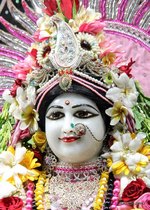 ISKCON Juhu Sringar Deity Darshan 05 Mar 2016 (9)