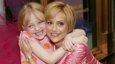 Dakota Fanning recordó a su amiga Brittany Murphy en una reciente entrevista