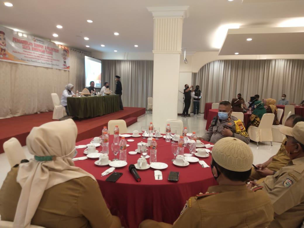 Kapolsek Tamalanrea bersama Unsur Tripika Hadiri Pelantikan dan Bimtek Pengawas TPS