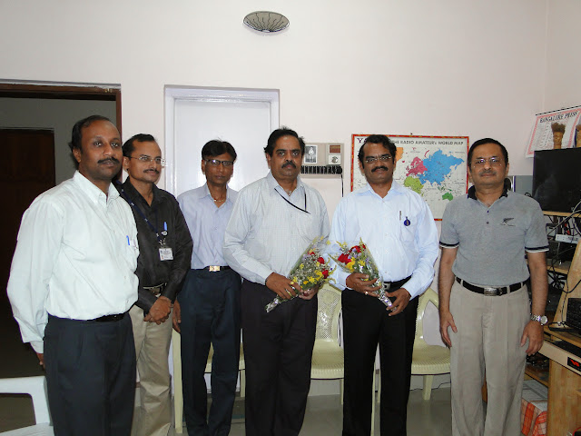 Demonstration of Amateur Radio Satellite communication to Mr Annadurai and Mr Raghavamurthy - DSC01518.JPG