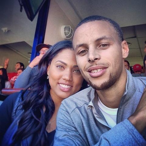Stephen And Ayesha Curry Celebrate Their Fourth Wedding