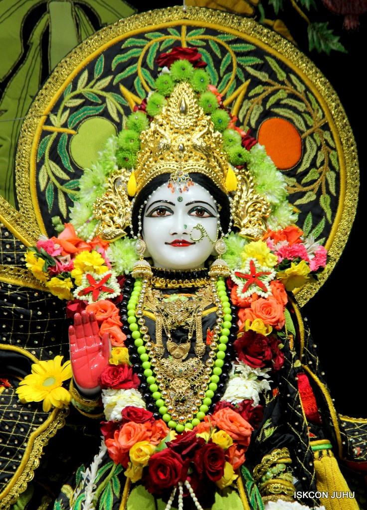 ISKCON Juhu Sringar Deity Darshan on 31st Dec 2016 (24)