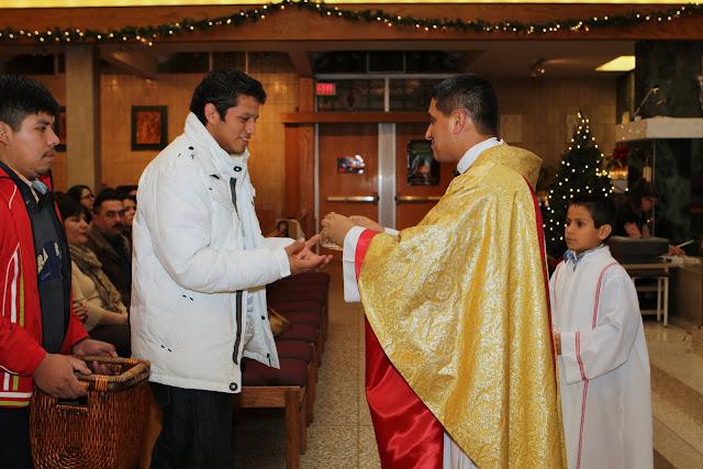 OLOS Navidad 2010 con Amigos Migrantes - IMG_9770.JPG