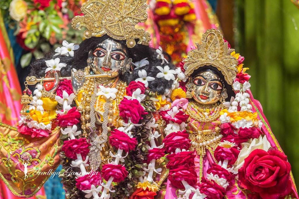 ISKCON Mayapur Deity Darshan 20 Jan 2017 (22)