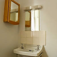 Room 16-sink
