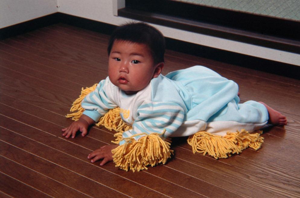chindogu-baby-mop