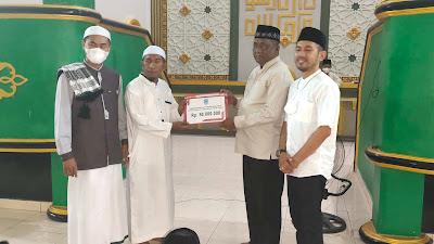 75 Juta Untuk Masjid di Sumbangkan Pemda Buteng