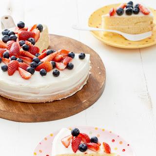 How to Make a One-Bowl Vanilla Cake Recipe