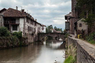 Photo: Jean-Pied-De-Port, Pyrénées-Atlantiques, Francia  Filtros: Polarizador y ND 1.8
