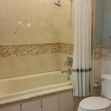 Bathrooms - 20150825_114410.jpg