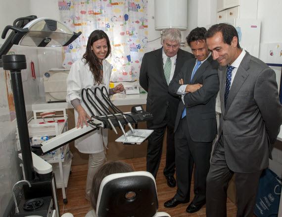 Asistencia dental a 3.500 menores de 18 años de la Cañada Real