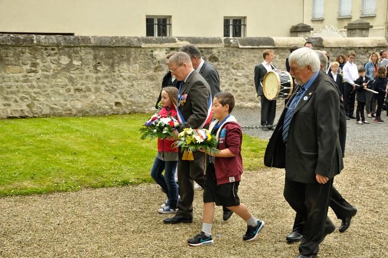 ceremonie-du-8-mai-2015-4