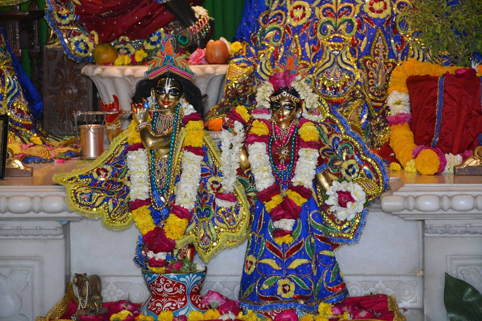 ISKCON Ujjain Deity Darshan 30 Mar 2016  (3)