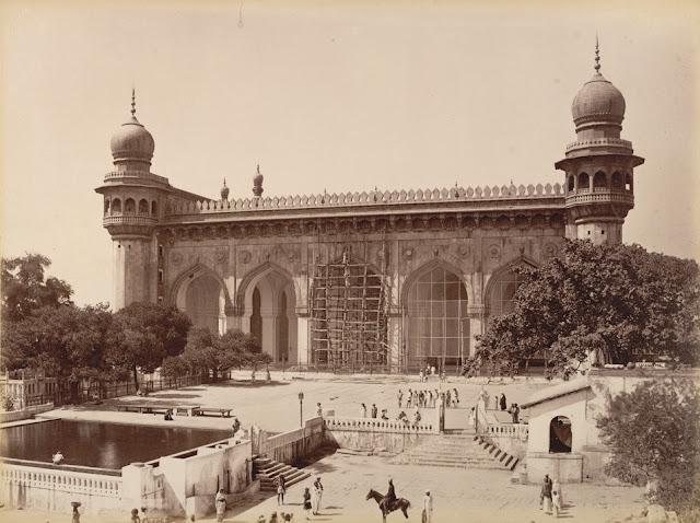 Mecca Masjid, Hyderabad; a photo by Lala Deen Dayal, 1880's* (BL)