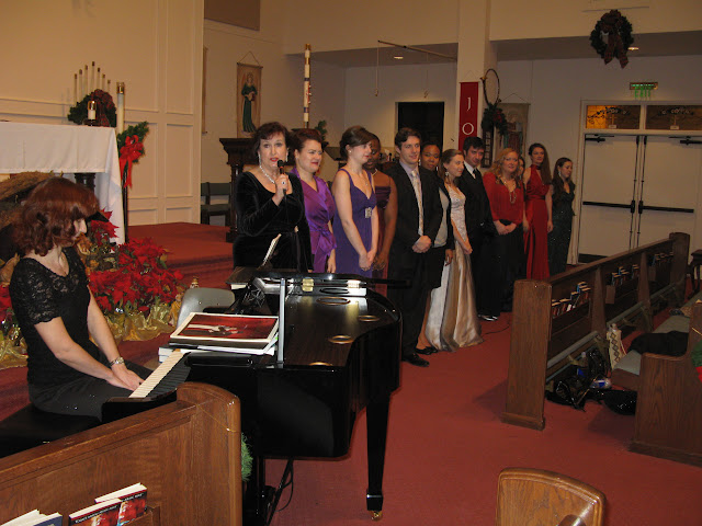 Classical Music Evening with voice students of Magdalena Falewicz-Moulson, GSU, pictures J. Komor - IMG_0710.JPG