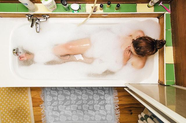 Chụp lén gái xinh đang tắm