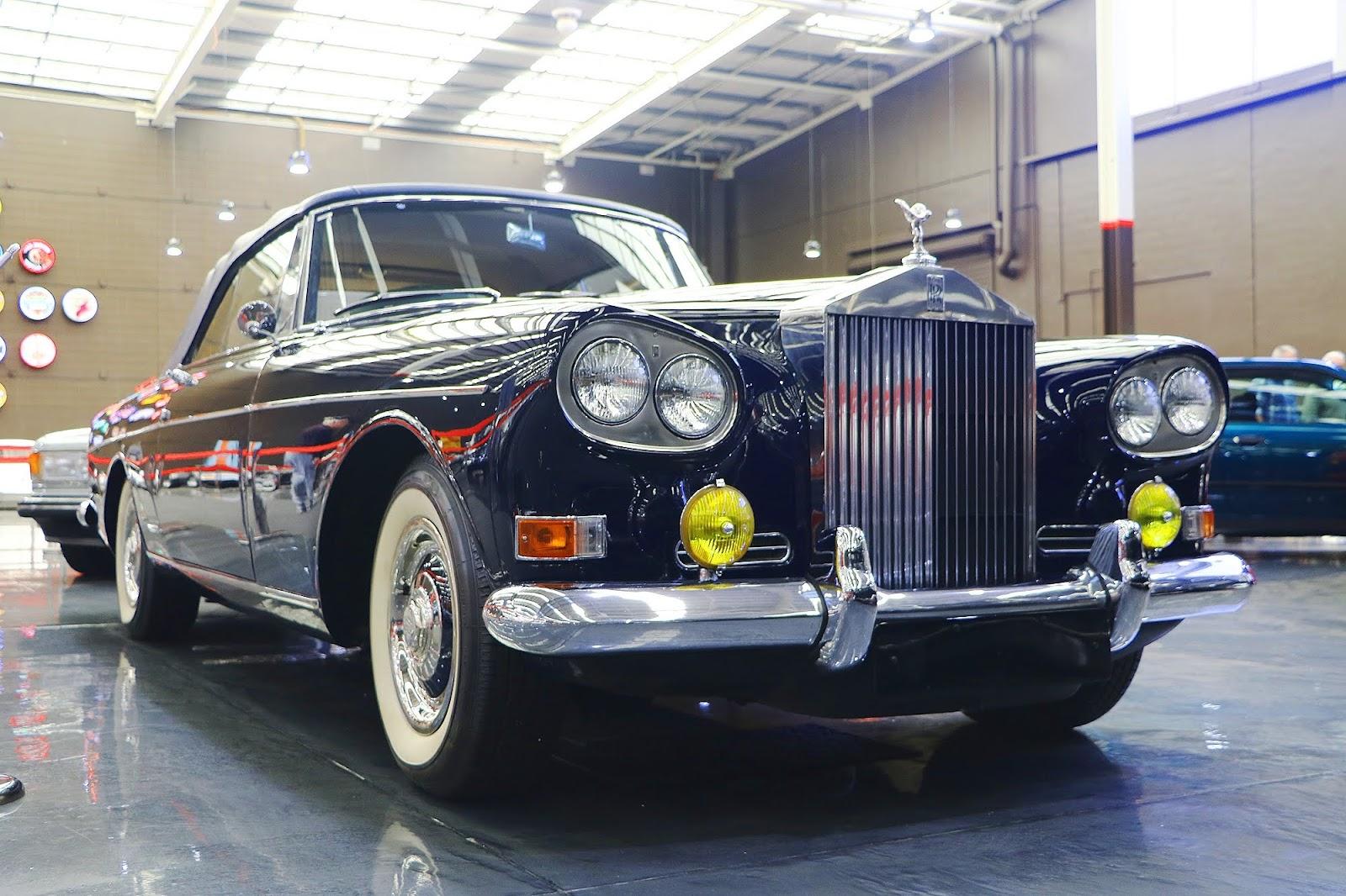 1965 Rolls Royce Silver Cloud III (11).jpg