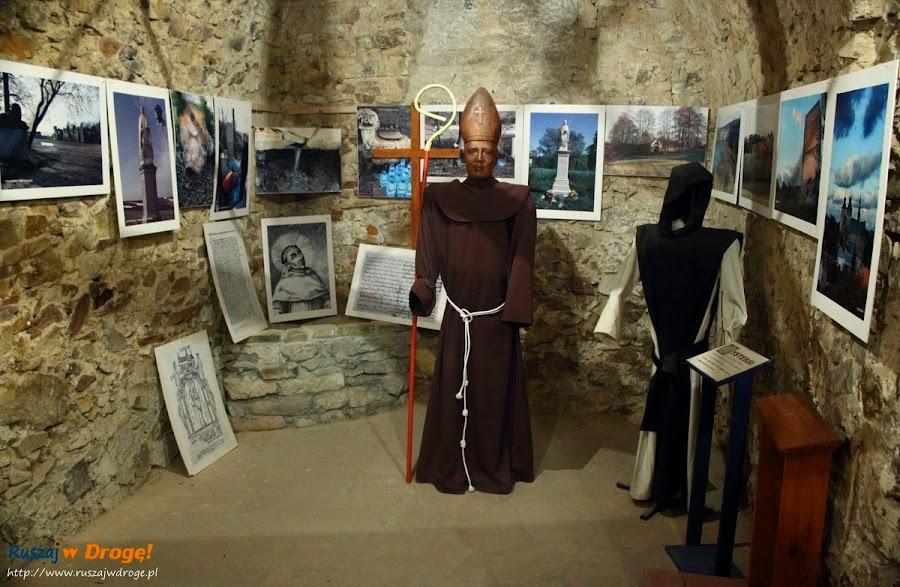 Opatów - podziemna trasa turystyczna - błogosławiony Kadłubek