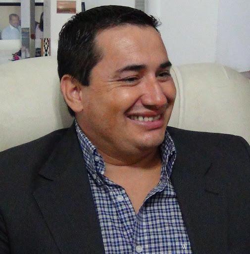 Carlos Schmitt