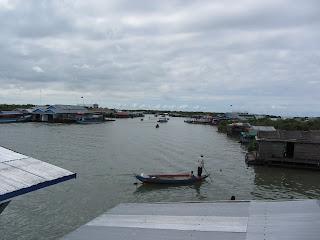 0042Tonle_Sap_Lake_Floating_Village