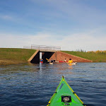 034-We draaien het nieuwe vaarwater de Noordwaard in.