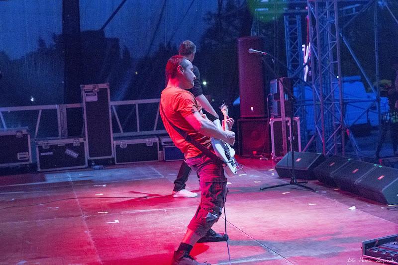 2013-05-17 - Juwenalia w Bydgoszczy - koncert zespolu Dezerter Gwiazdy muzyki polskie i zagraniczne