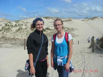 Karolina (2B) i Weronika (3F)