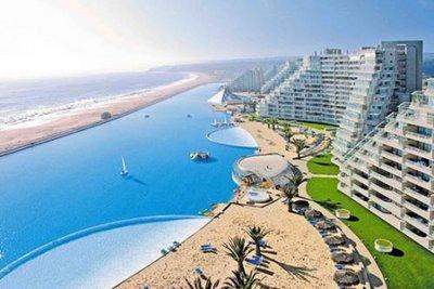 plus grande piscine au monde