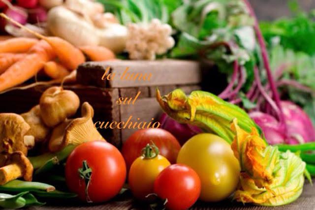 la spesa di stagione: frutta, verdura e pesce di agosto