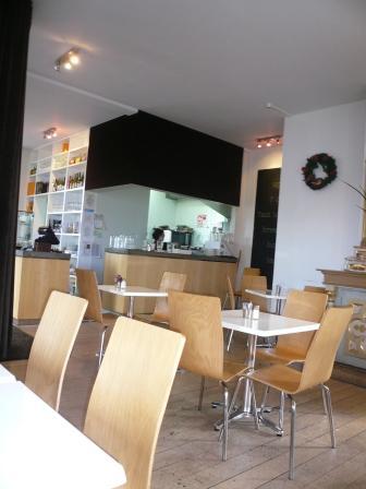 Cafe Alter店内