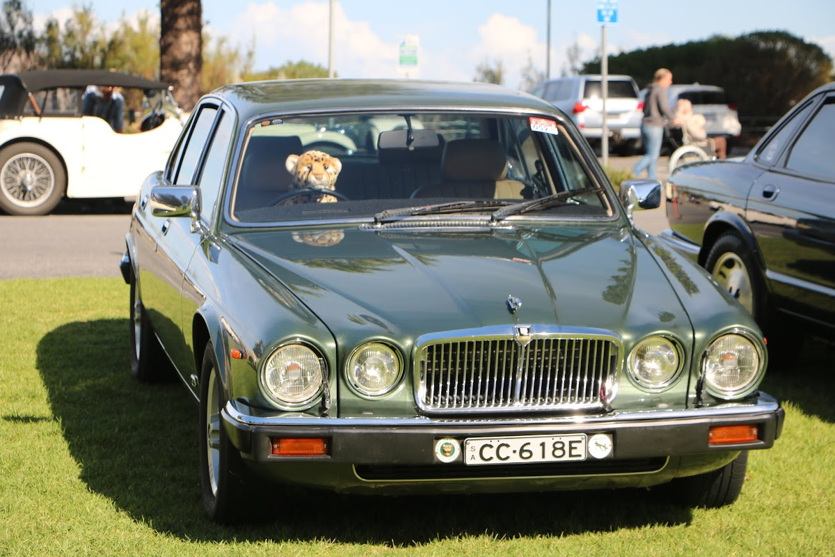 Jaguar XJ6 - British_Classic_Tour_6_May_2018_0210.JPG
