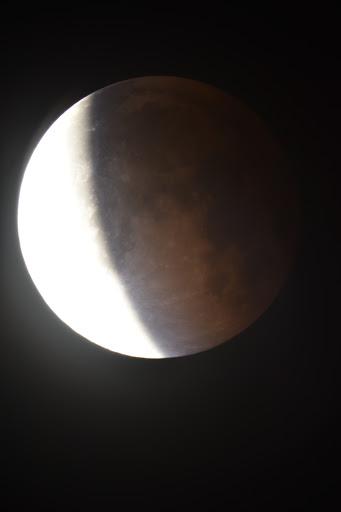imagen del eclipse en fase de retirada