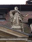 Bamberg, Kapitelhaus, Giebelfiguren, Restaurierung und Konservierung, Hl. Kunigunde 1990