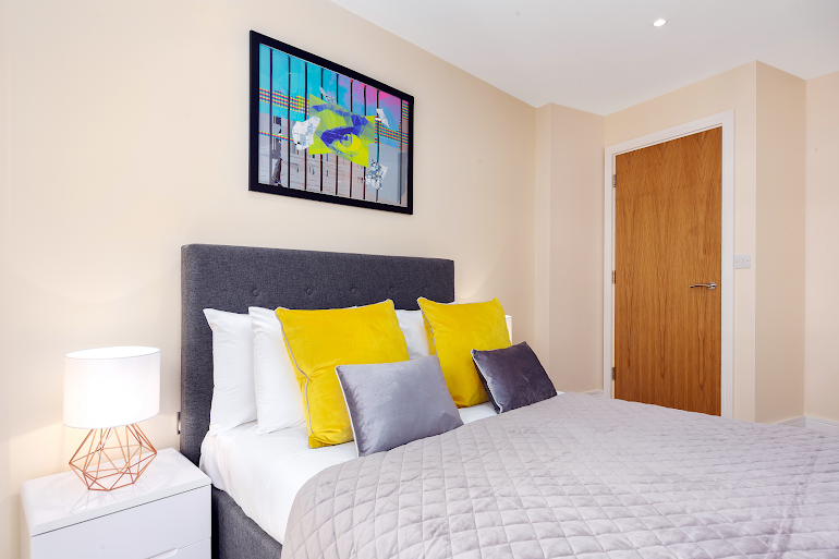 Bedroom at Lanterns Court Serviced Apartments, Canary Wharf
