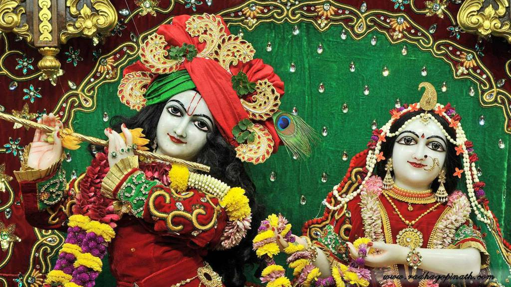 ISKCON Chowpatty Deity Darshan 19 Dec 2015 (17)