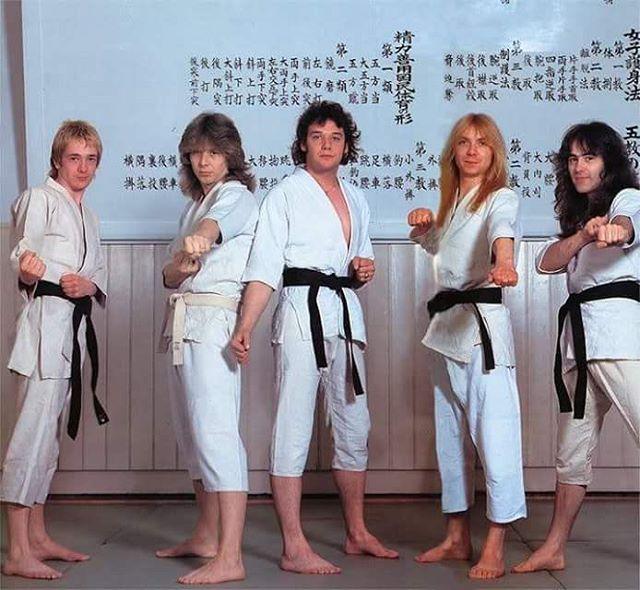japan-81-maidenjapan-Karate-optb