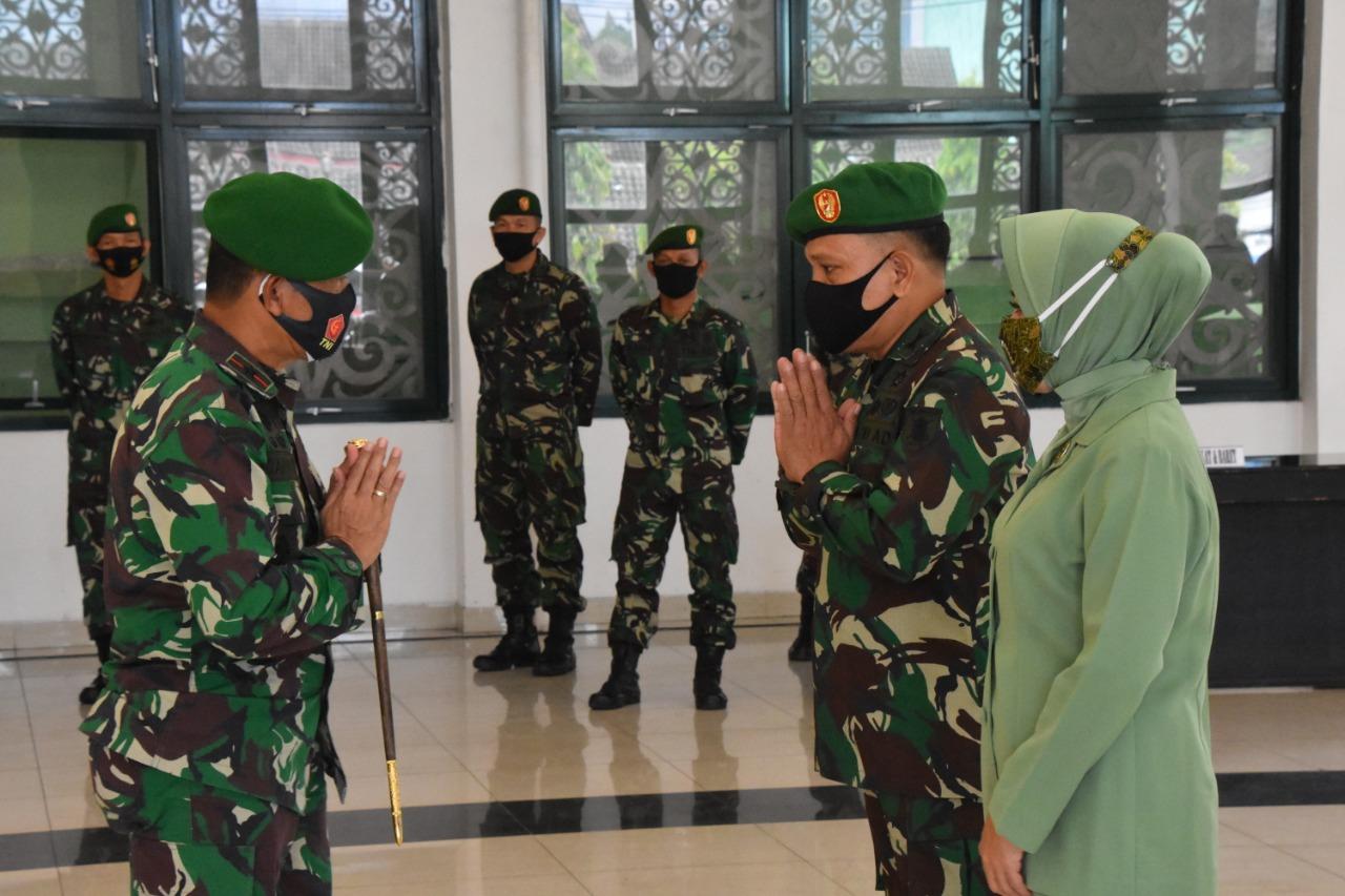 16 Prajurit Korem 091/ASN Dinaikkan Pangkatnya Satu Tingkat Lebih Tinggi