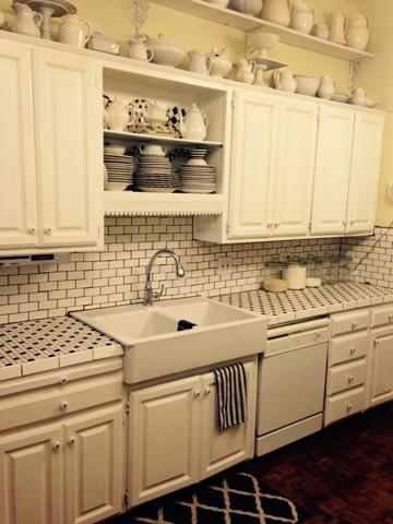 Black And White Vintage Kitchen