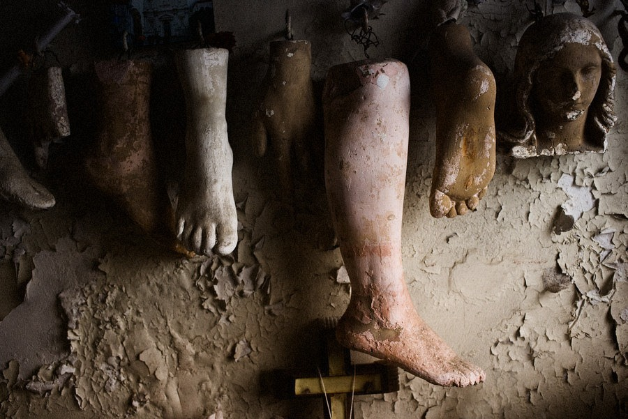 st-roch-shrine-prosthetics-8