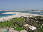 1280px-Atlantis,_The_Palm_from_Le_Royal_Méridien_Beach_Resort_and_Spa_in_Dubai_2.jpg