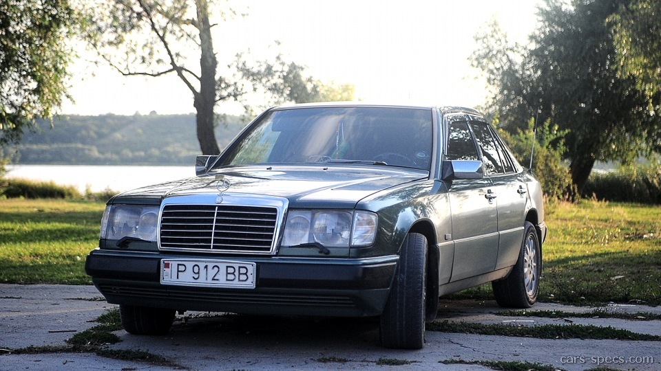 1993 mercedes benz 300 class diesel specifications for Mercedes benz 300 price