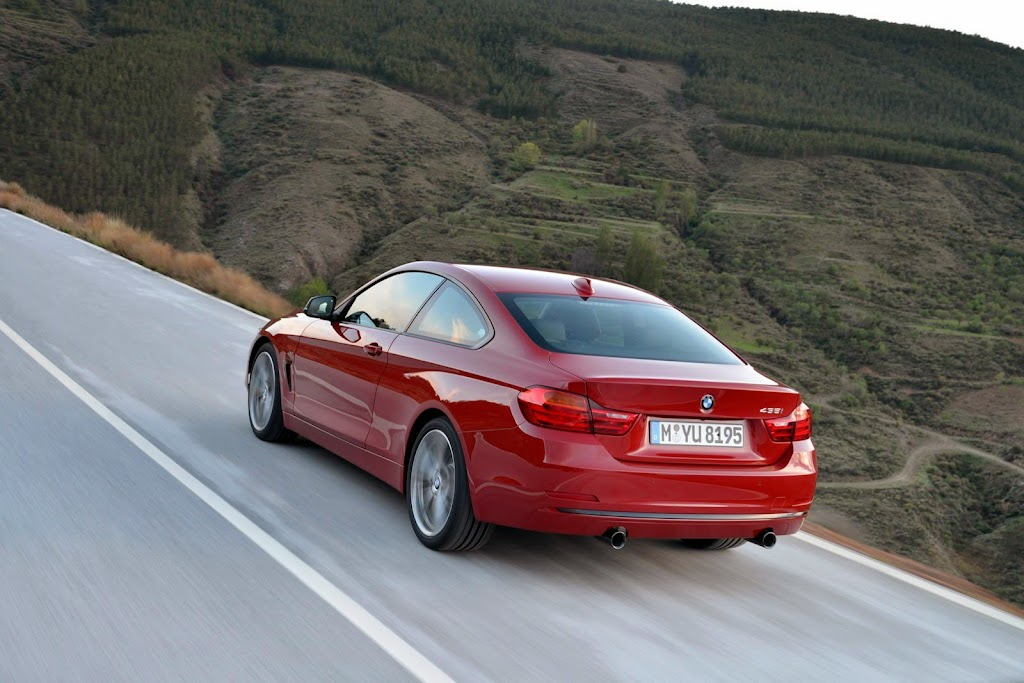 2014-BMW-4-Series-Coupe-CarscoopS11[2]