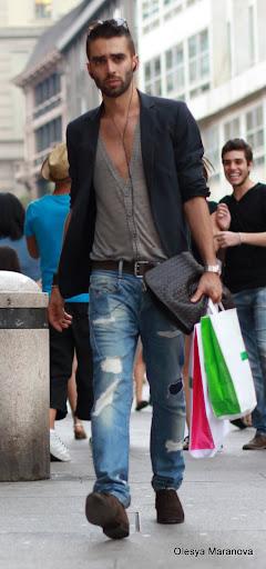 стритфешн, фото луки Италия Милан, фото людей на улице, что носят мужчины в Европе