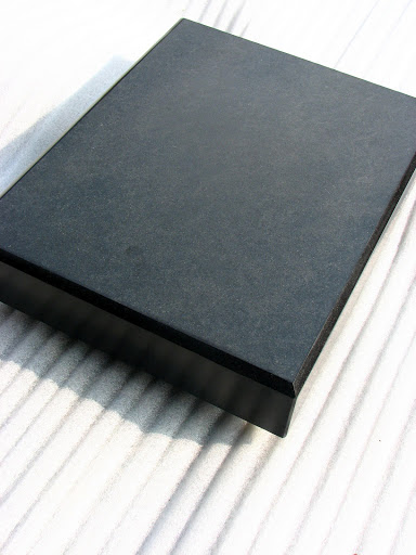 entkopplungsplatte lautsprecher schall absorber platte schwarz gabbro 65 45 6cm ebay. Black Bedroom Furniture Sets. Home Design Ideas