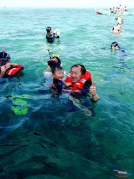 family trip pulau pari 140716 Fuji 073