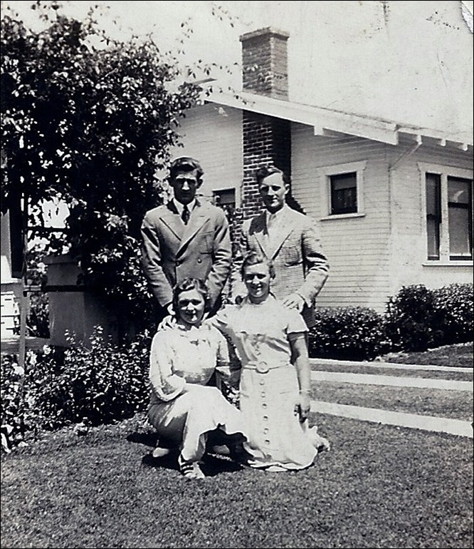 FINK_siblings_Willard_Elwood_Dorothy & Delphine_taken Sunday 19 Jul 1936