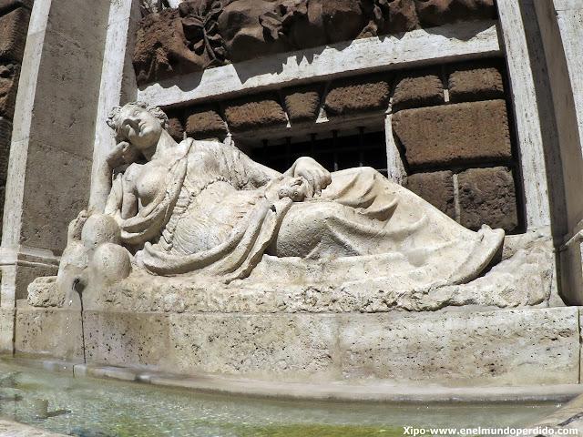 fuente-iglesia-San-Carlo-alle-Quattro-Fontane.JPG